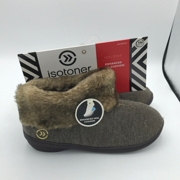 Isotoner Winter Slippers Sz Small 6.5- 7